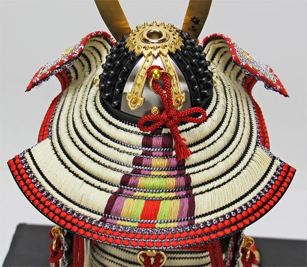 鈴甲子雄山作 1/5本仕立 白糸褄取威之大鎧・単品